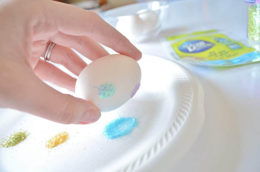 Glue Dots Easter Egg Craft