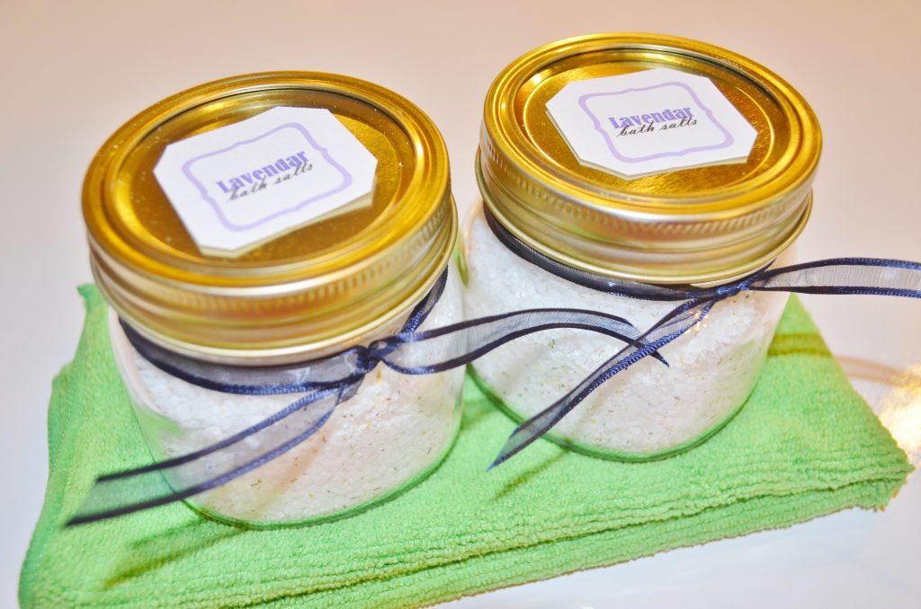 DIY Homemade Natural Lavender & Chamomile Bath Salts