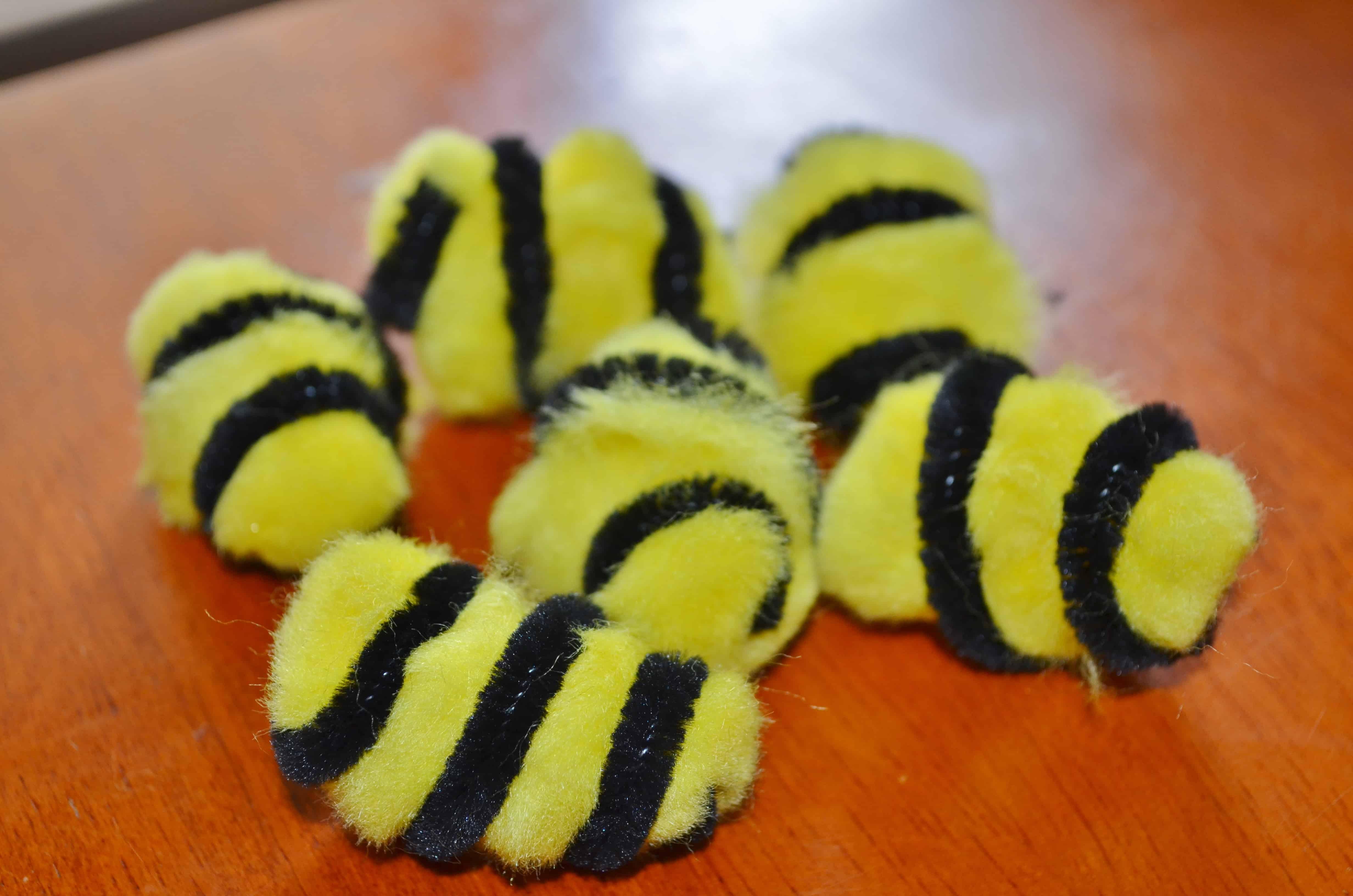Craft bumble bee - Cut