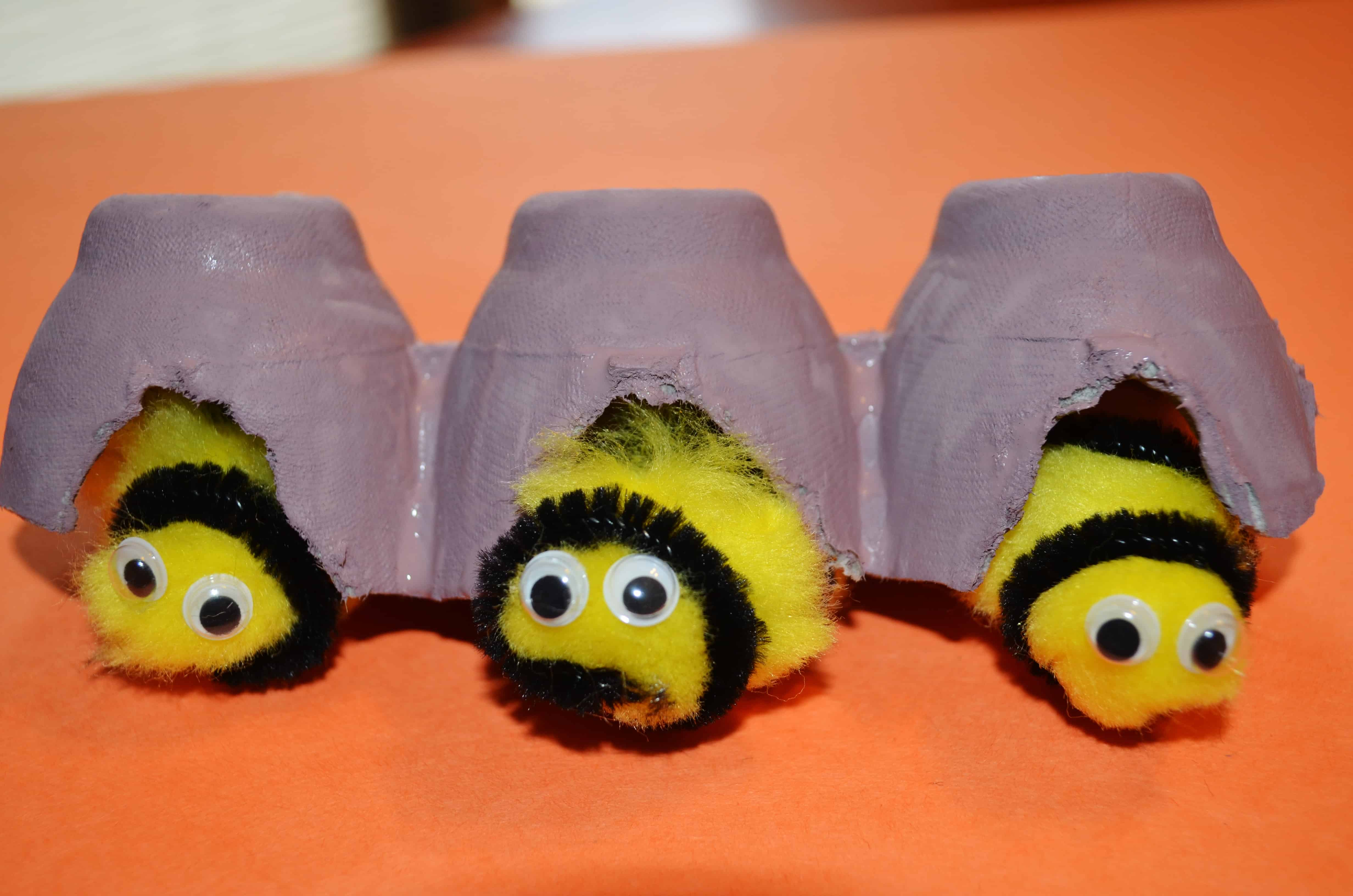 Craft bumble bee - Now