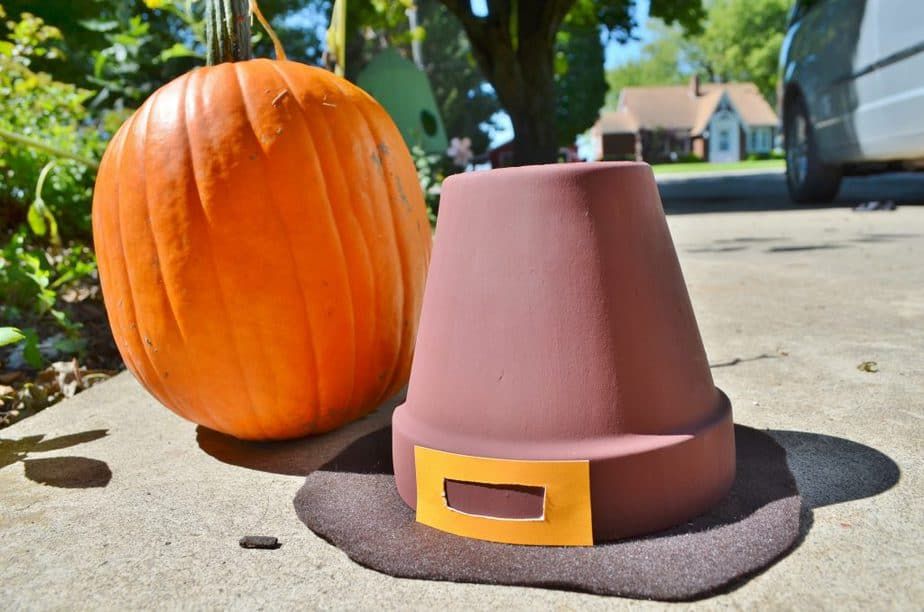 pilgrim hat thanksgiving decor