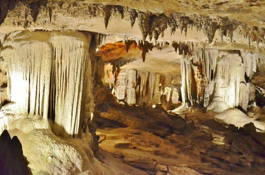 caves mo
