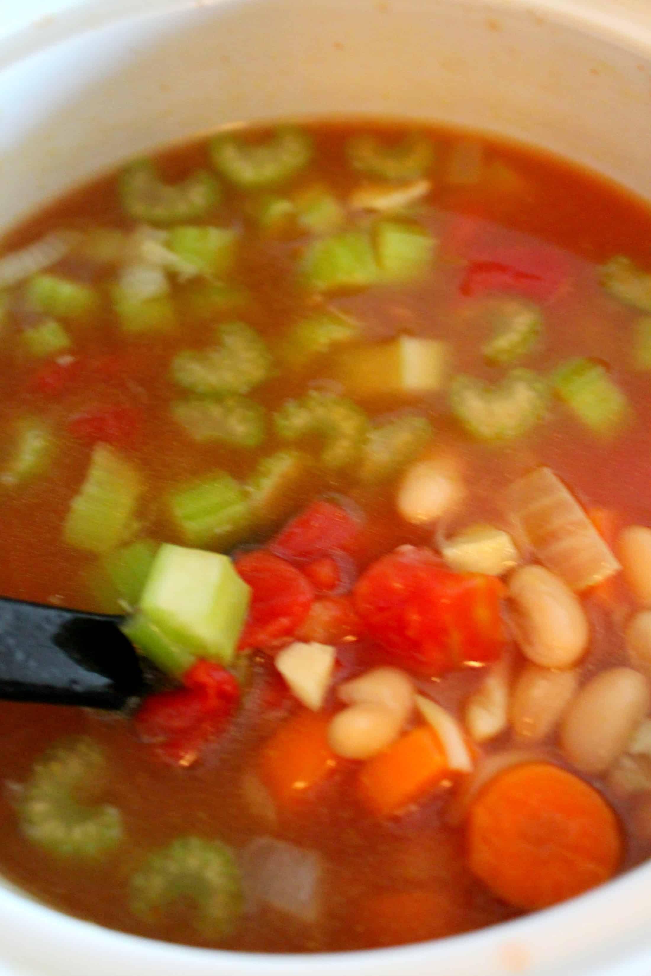 Copycat Olive Garden Pasta Fagioli Crockpot Soup Recipe