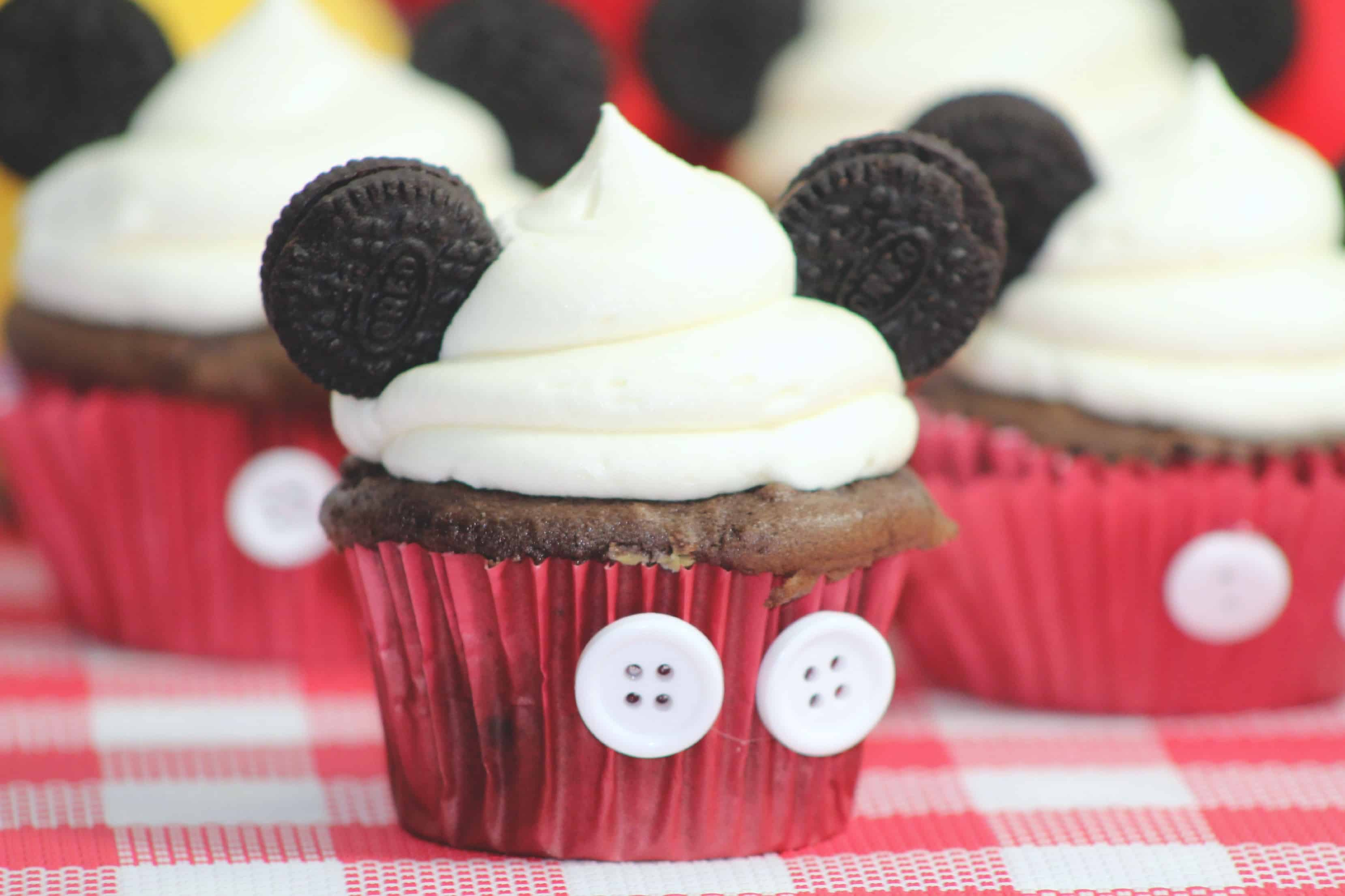 Disney Mickey Mouse Inspired Cupcakes Tutorial DisneySide