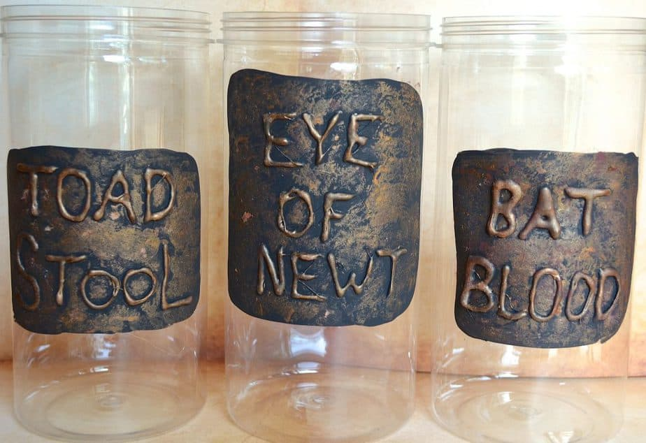 DIY Potion Jars Spooky Witches Halloween Decor