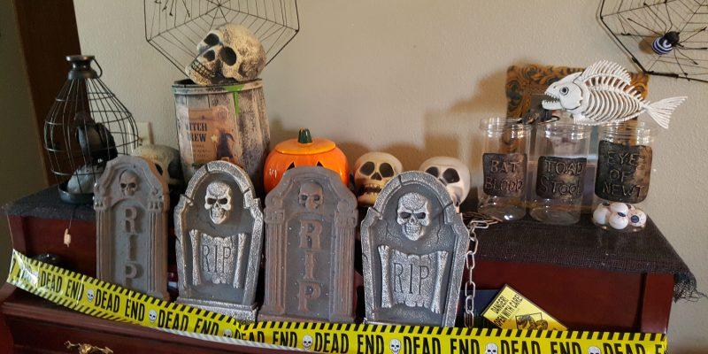 Simple Hi-Tech Halloween Pranks Ideas by Best Buy – SPOOK Your Friends!