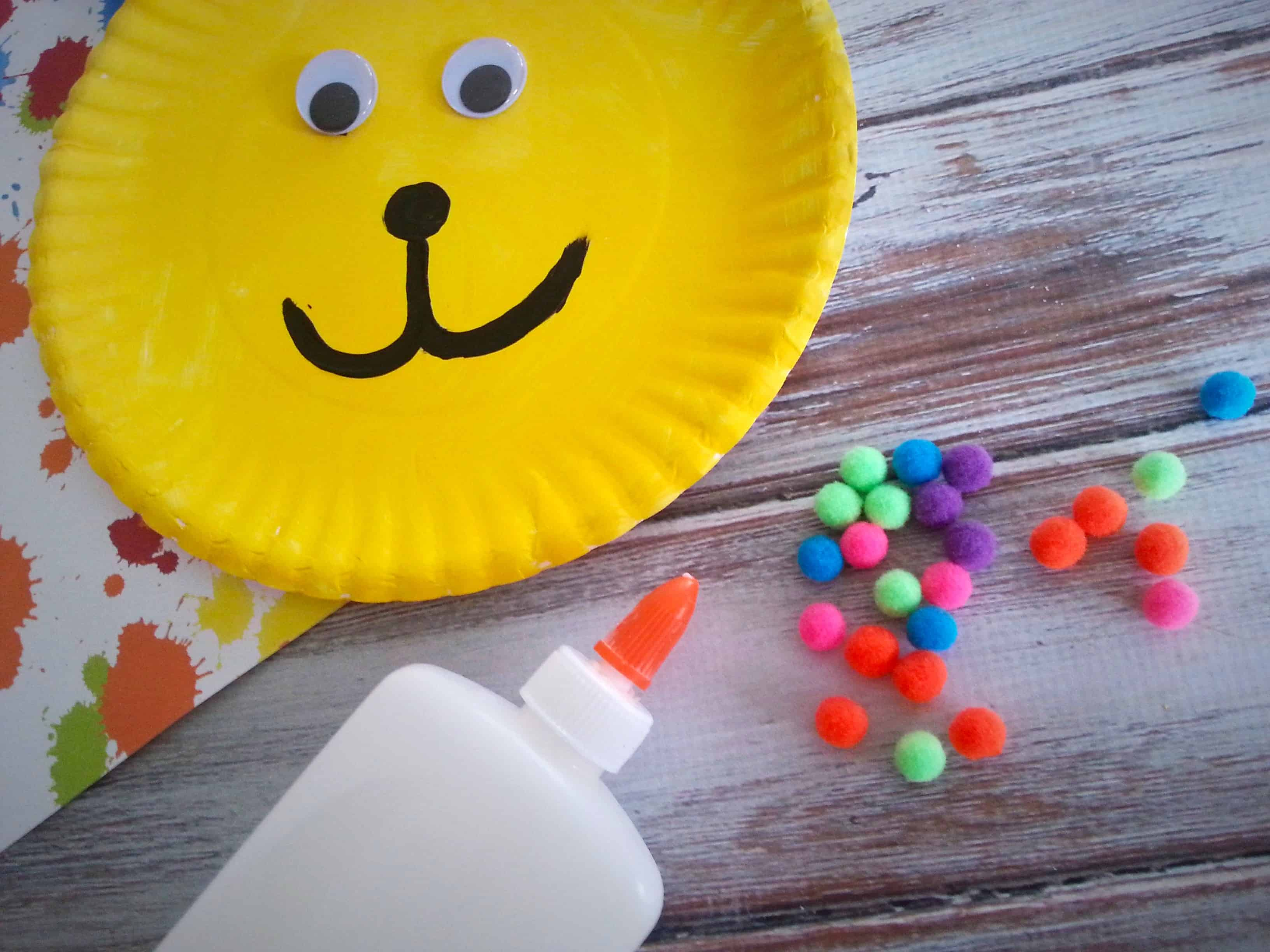Paper plate animal crafts - Put Me In The Zoo Paper Plate Children S Book Craft