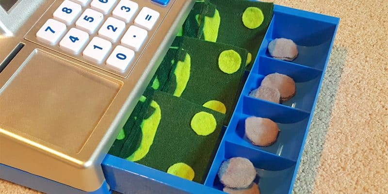 No Sew Felt Money for Toddlers: Math Pretend Play
