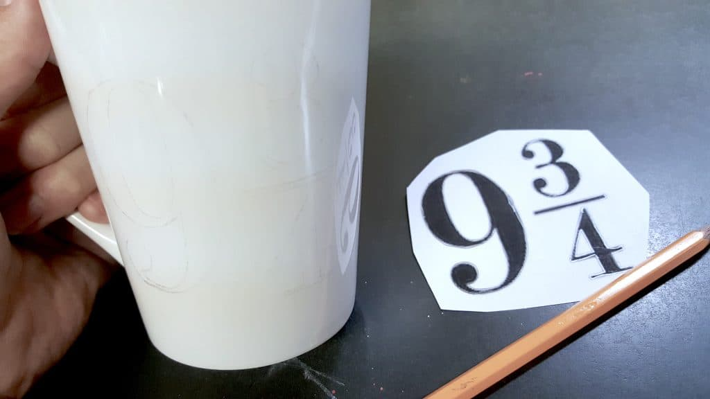 Easy DIY Harry Potter Mugs Tutorial