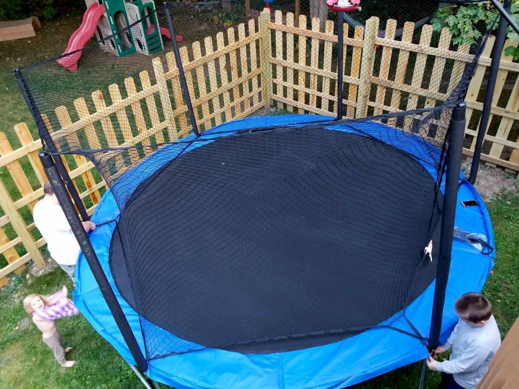 tips on how to choose the best trampoline for your family