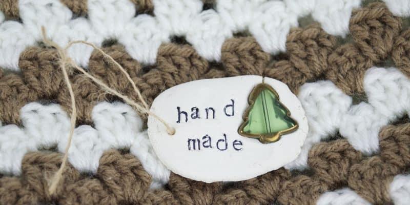 How to Make Handmade Holiday Christmas Gift Tags Tutorial